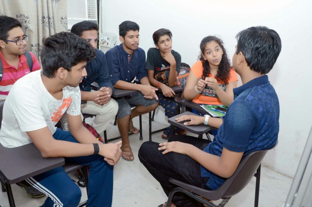 best institute for iit coaching,coaching centres in delhi